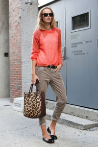 leopard-tote-coral-sweater