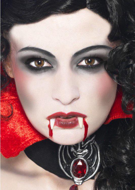 machiaj vampir 2 cut