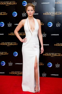 Jennifer-Lawrence rochie eleganta cu slit