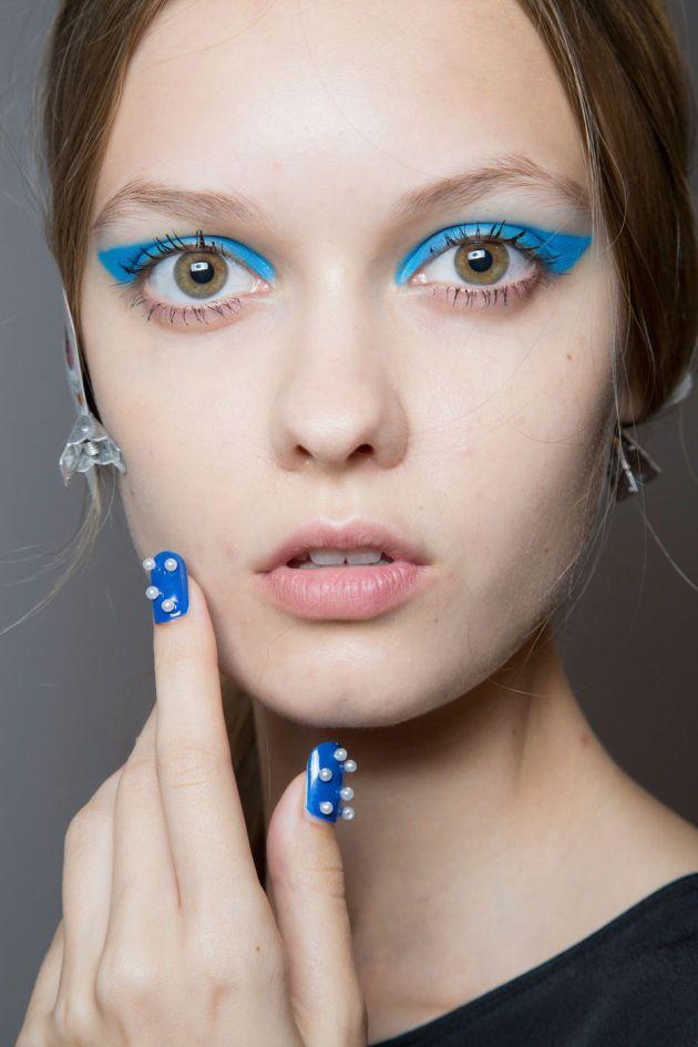 unghii albastre 2