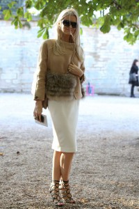 geanta de blana outfit feminin 2