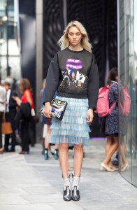 bluza sport tinuta feminina 2