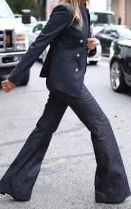 pantaloni largi influente masculine 2
