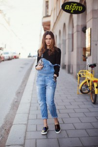 salopeta din denim 3