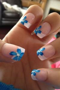 unghii french cu flori 3
