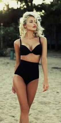 5e9e78be98 Ma szeretnék a figyelmedbe ajánlani néhány fürdőruhát, amely tökéletes  választás lehet egy strandon vagy tengerparton töltött naphoz. Szürke  Cosita Linda ...