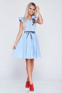 e934b2e91f Hímzett ruhák, amik felkeltik a figyelmet | StarSBlog - StarShinerS ...